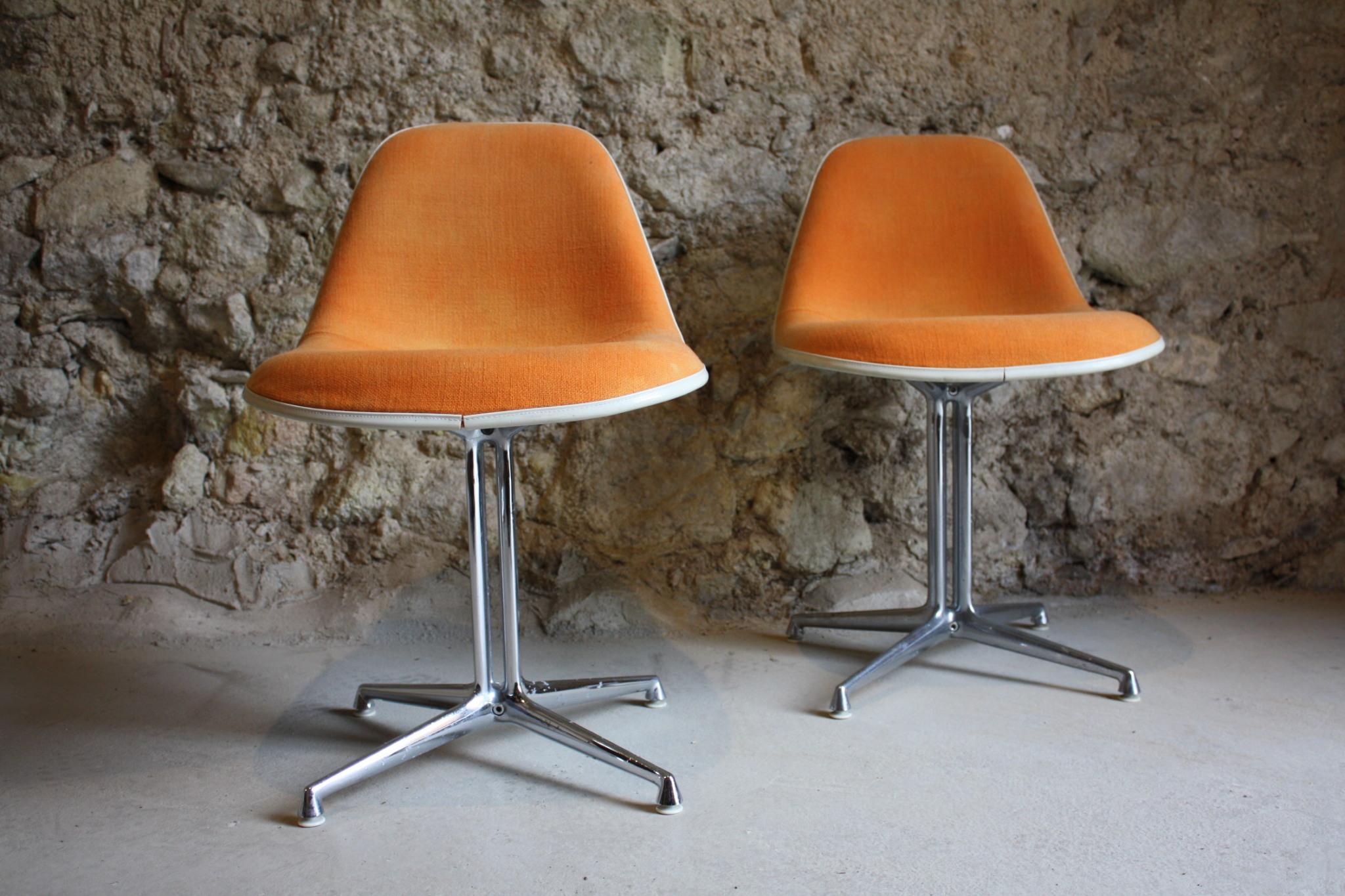 charles eames la fonda stuhl chair von herman miller. Black Bedroom Furniture Sets. Home Design Ideas