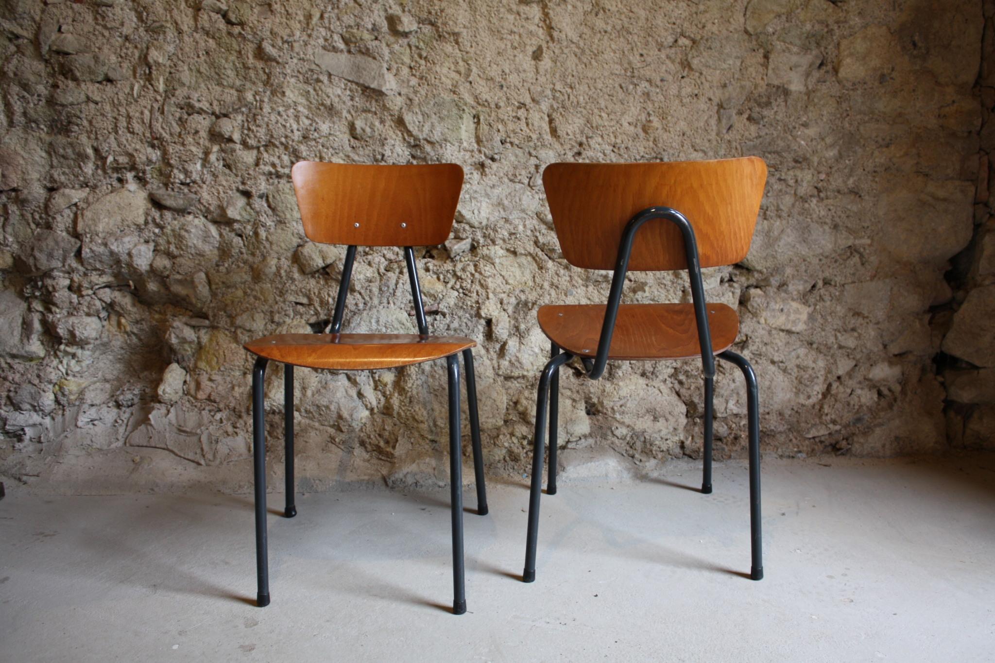 alte-gebrauchte-stuhle-antik-midcentury-modern-eames-ara-60er-loft-bauhaus-1