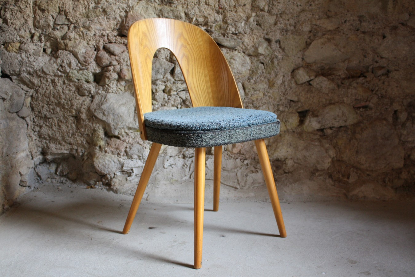 cafehausstuhl antonin suman 1 v 1 design ikonen. Black Bedroom Furniture Sets. Home Design Ideas