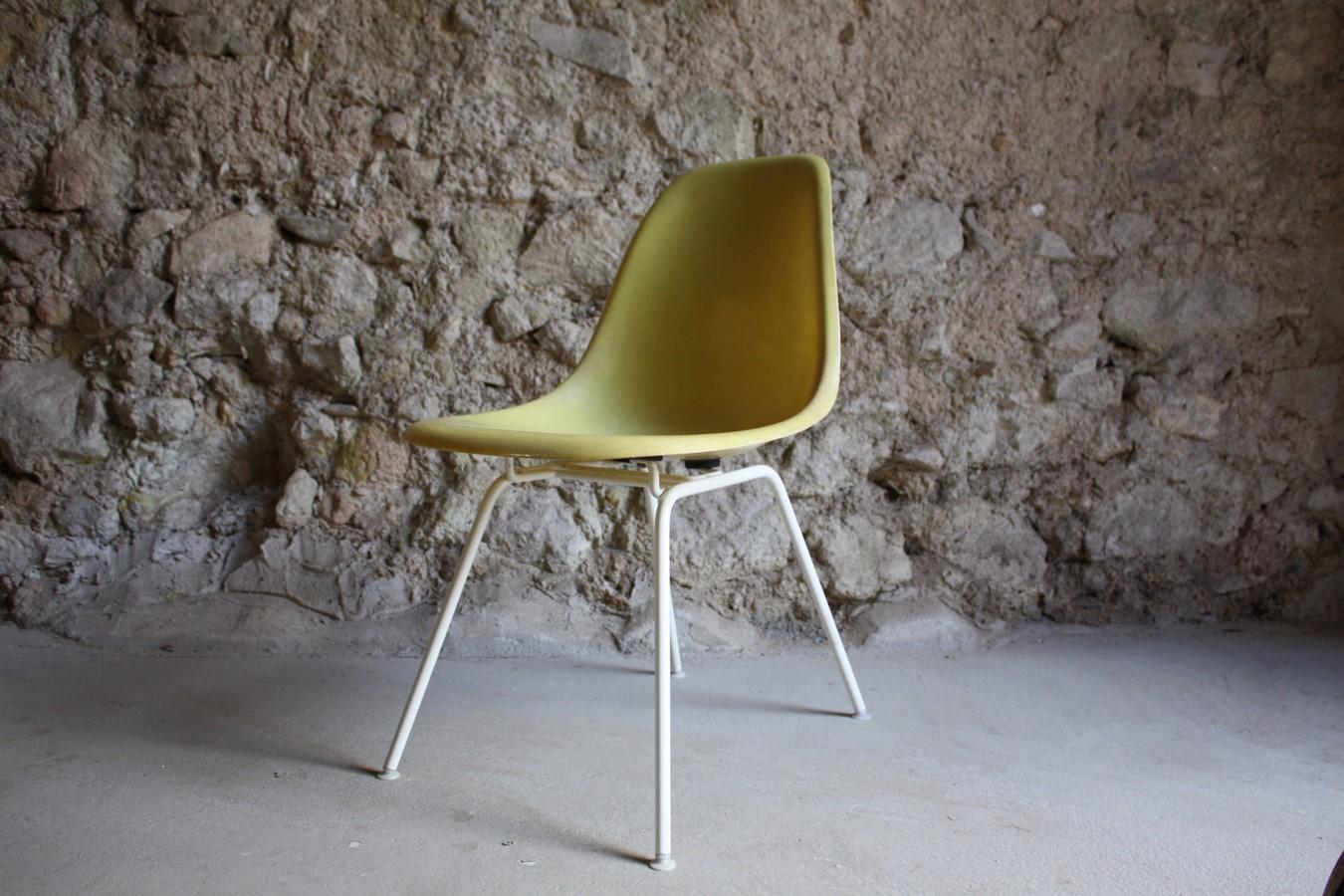 Eames Vitra Herman Miller Side Chair Fiberglas Designer Stühle Stuhl gebraucht Vintage Antik (50) a