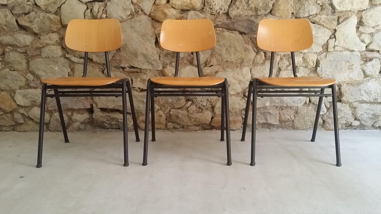 Stühle Schule alt gebraucht vintage retro gastro gastronomie Klassiker Bauhaus (10) a