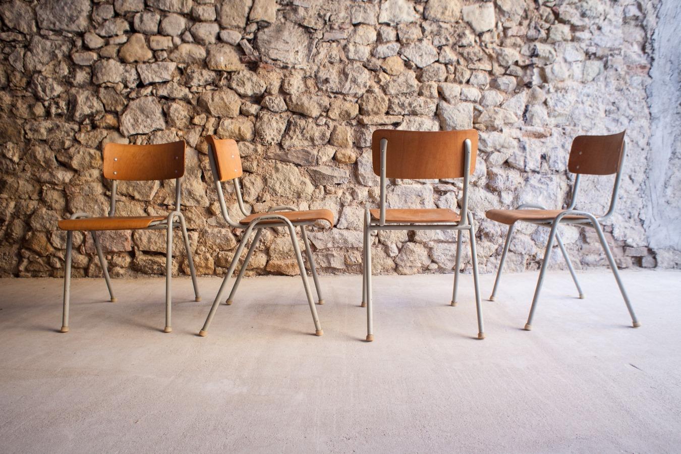 Stühle alt gebraucht vintage antik mid century modern industrial design ikonen (27)