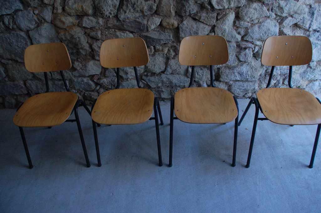 Vs schulst hle kantine industrial design 1 v 20 design for Stuhl design schule