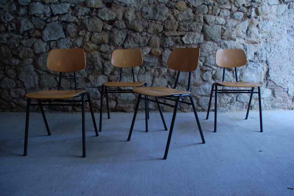 VS Schulstuhl Vintage Schule Stuhl Stapelstuhl Urban Industrial Stahlrohr Design (3)