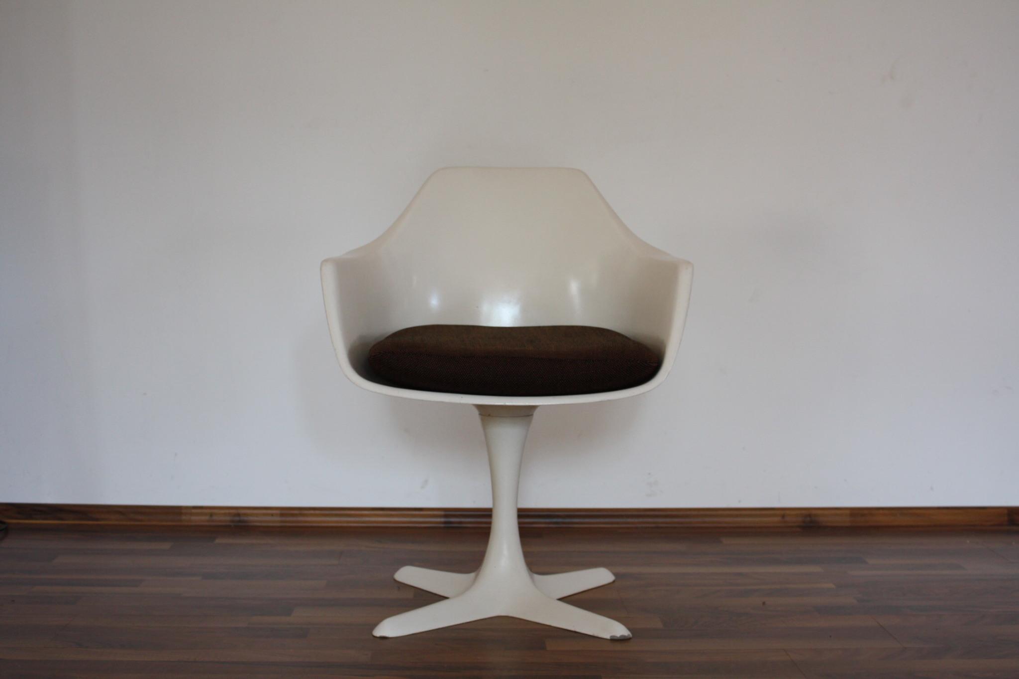 Burke Tulip Chair