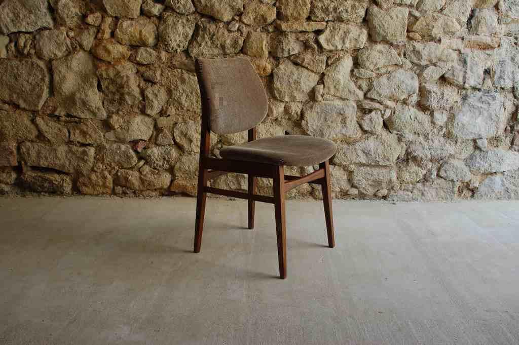 Holz Polster Stühle Stuhl Chairs Skandinavian Designer Wohnzimmer alt vintage
