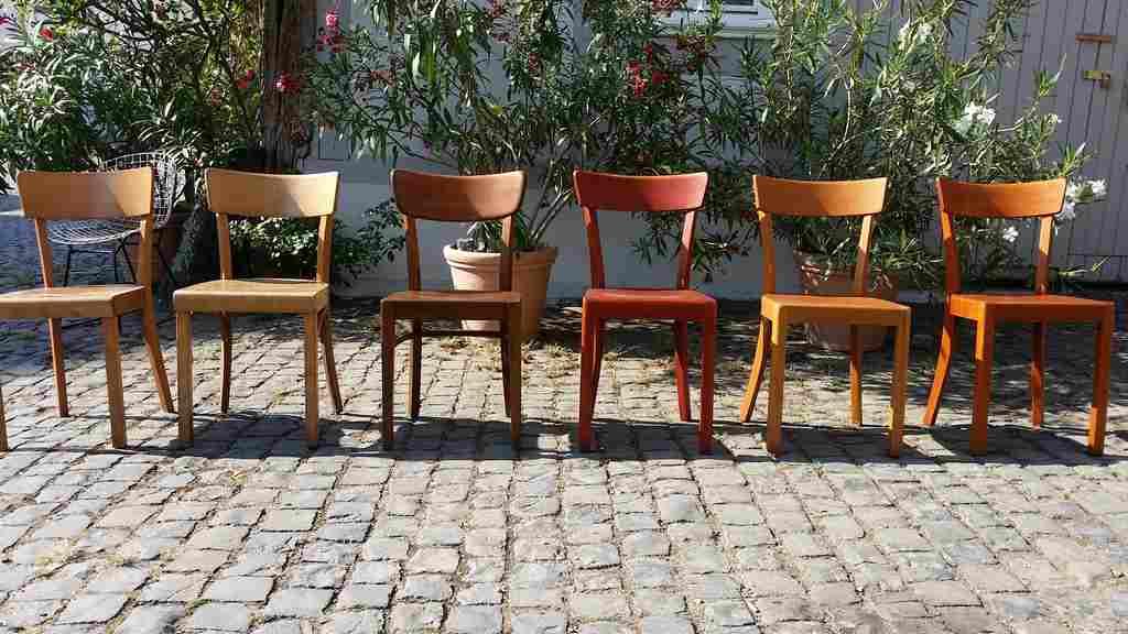 Frankfurter Stühle Küchenstühle Holzstühle zu kaufen 2hand gebraucht Bauhaus Design Vintage Mid Century